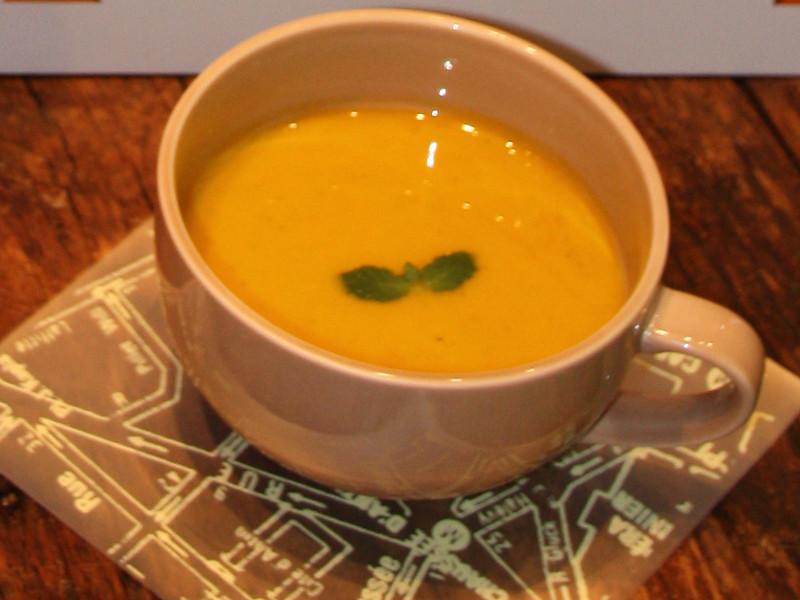 冬向け、まろやかなかぼちゃスープ