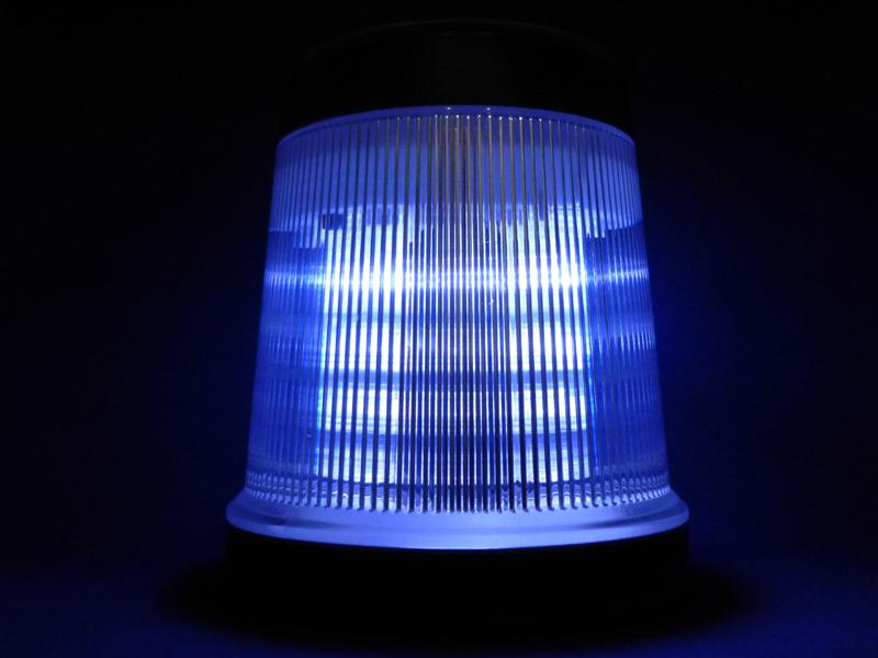LEDは二重にカバーされているのでまぶしさはない
