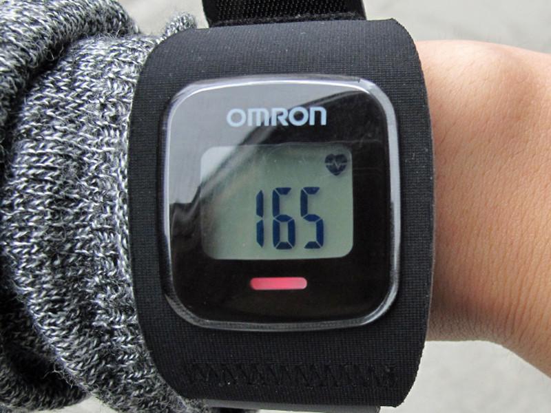 走った直後の脈拍数は165。85%でレッド