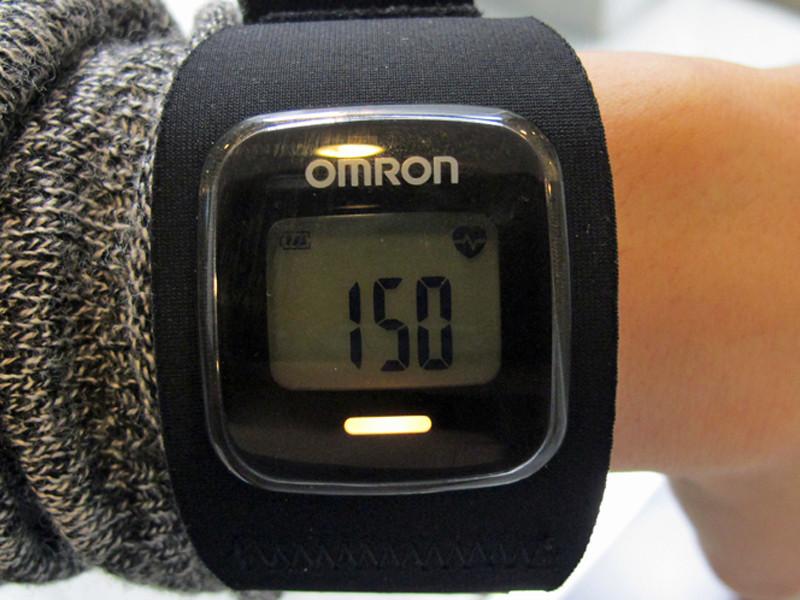 軽いジョギング時の脈拍数は150。77%でイエロー
