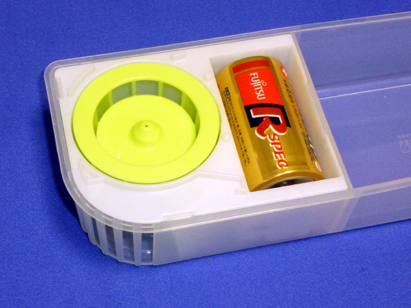 使用する電池はアルカリ乾電池が推奨されている
