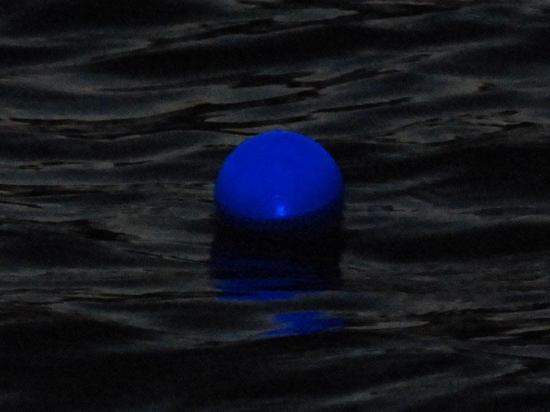 水につけるとLEDが点灯する