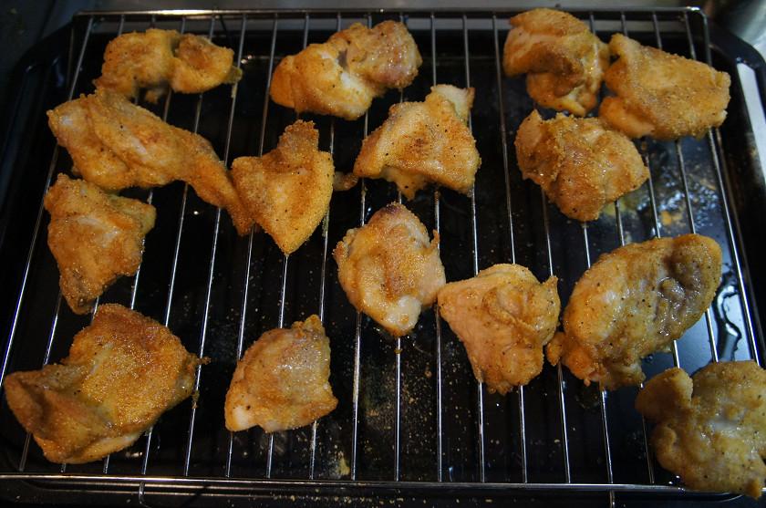 一番カリッとしていたのはオーブンで加熱したから揚げ