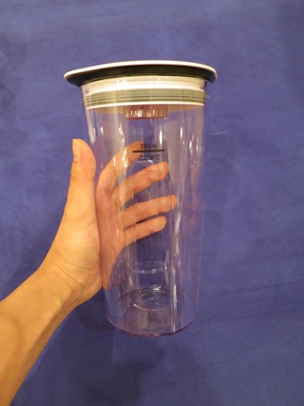 ジュースボトルの最大保存容量は780ml
