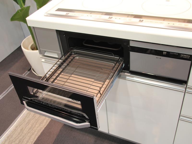 過熱水蒸気で食材の余分な脂や塩分を落としてヘルシーに焼き上げる「過熱水蒸気ビッグオーブン」