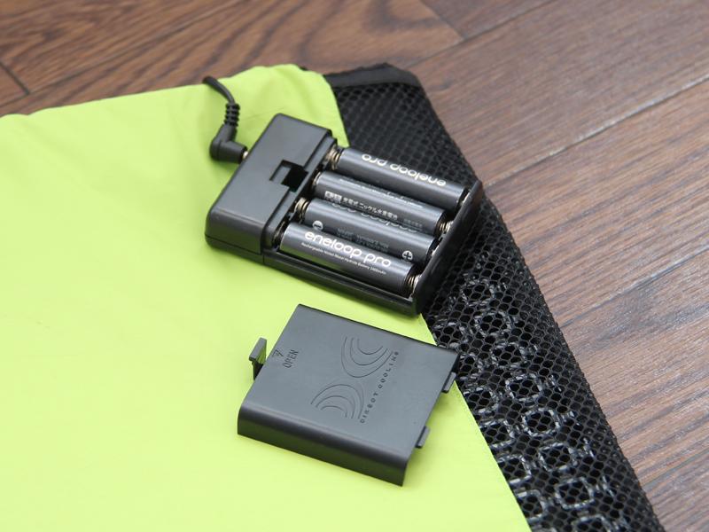 2,000mAhの電池を使用した場合、強モードでも約20時間持つという。消費電力はたった0.6Wだ。