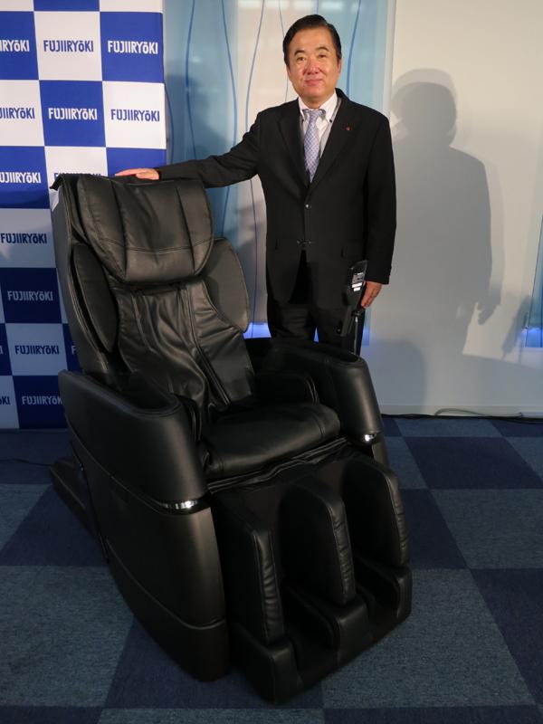フジ医療器の「マッサージチェアソムリエ」、中井唯仁 販売スタッフ管理ユニット担当部長