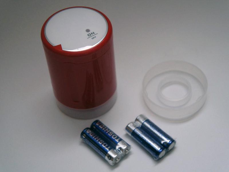 単3アルカリ電池4本付属