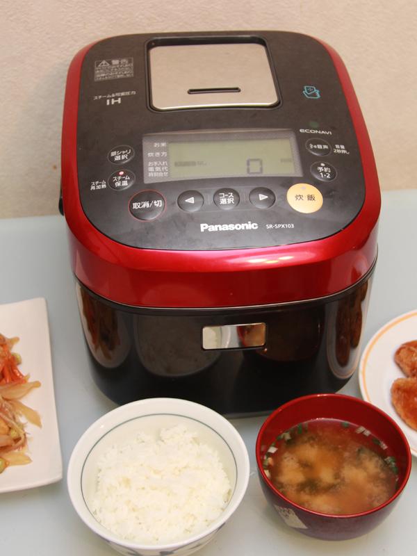 パナソニックの「Wおどり炊き SR-SPX103」。今回は各種モードとスマートフォン連携機能を紹介する