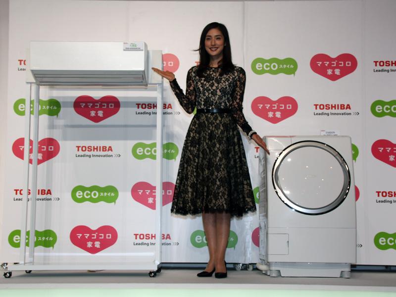 対象のエアコン「プラズマ空気清浄エアコン 大清快 GDRシリーズ」、ドラム式洗濯乾燥機「ヒートポンプドラム ZABOON(ザブーン) TW-Z96X1」、広告キャラクターを務める女優の天海祐希さん