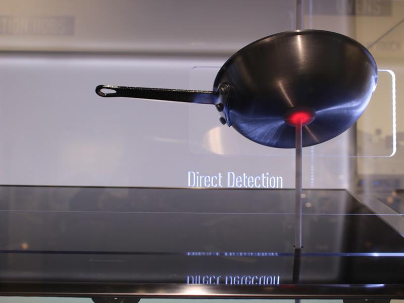 鍋を直接加熱するため、ガスコンロより早く、効率よく加熱できる