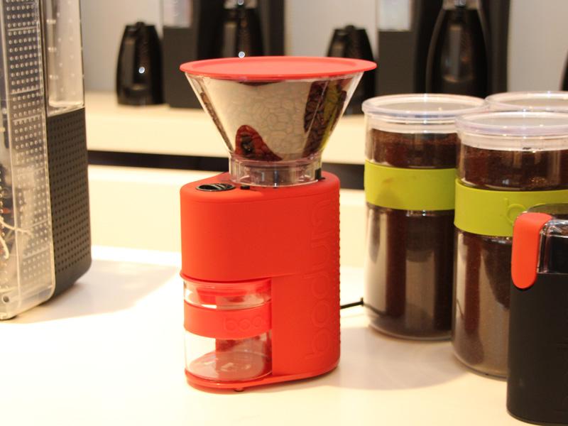 コーヒー豆を好みに併せて挽くことができるグラインダー