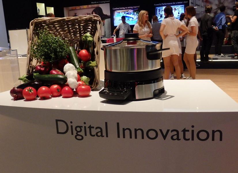 展示の大きな柱として挙げられていた「Digital Innovation」