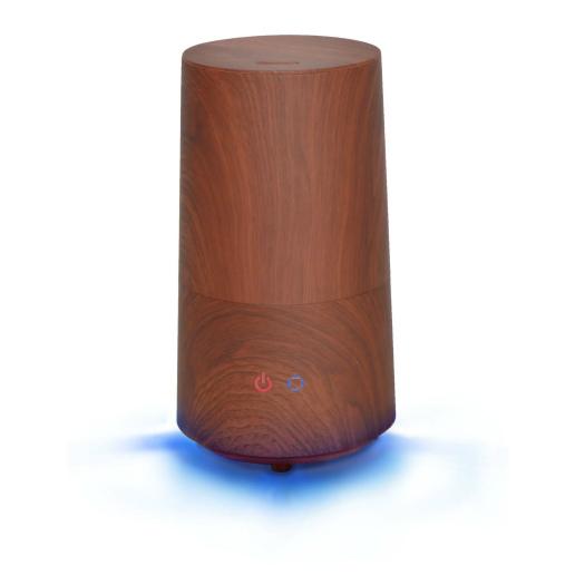 本体底面には青色LEDのダウンライトを搭載