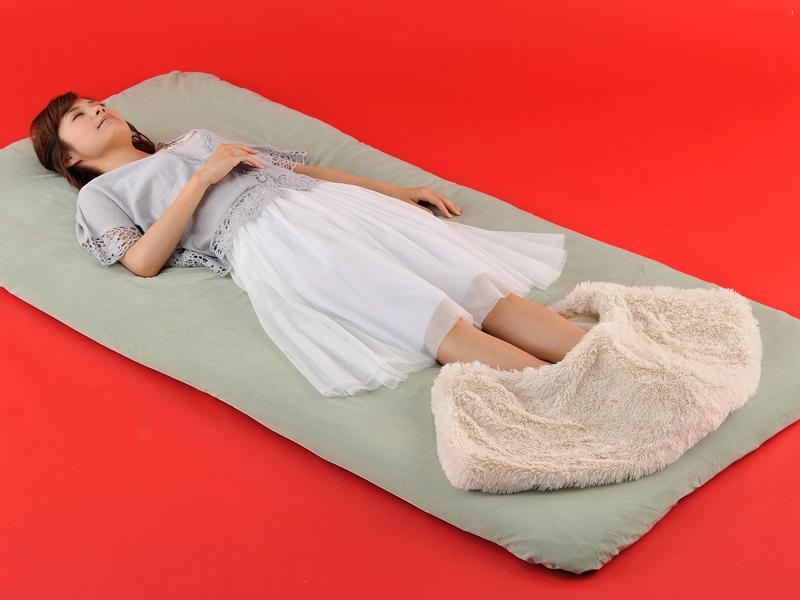 就寝時に、冷たい布団も素早く温まるという