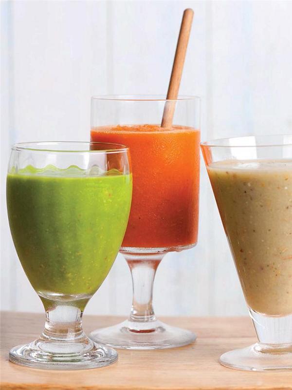 食物繊維をたっぷり摂取できるグリーンスムージーも作れる