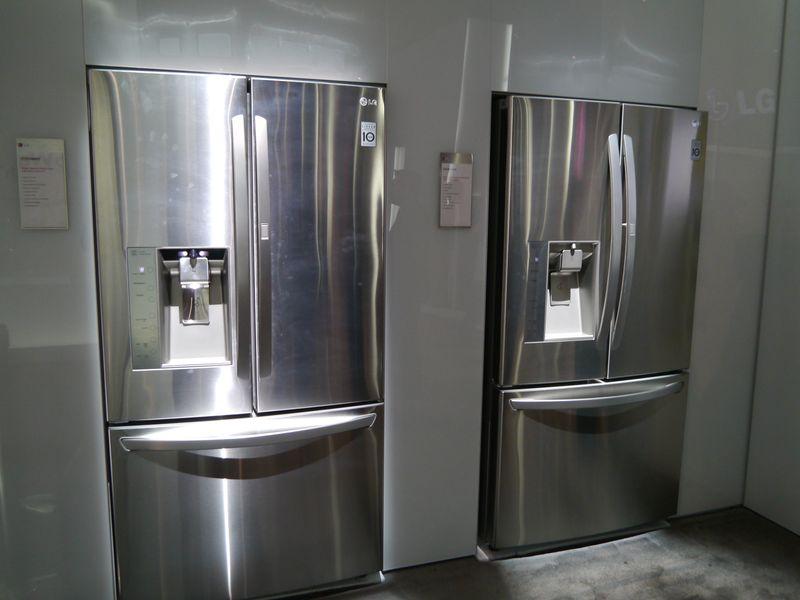 Door-in-Door方式を採用した冷蔵庫
