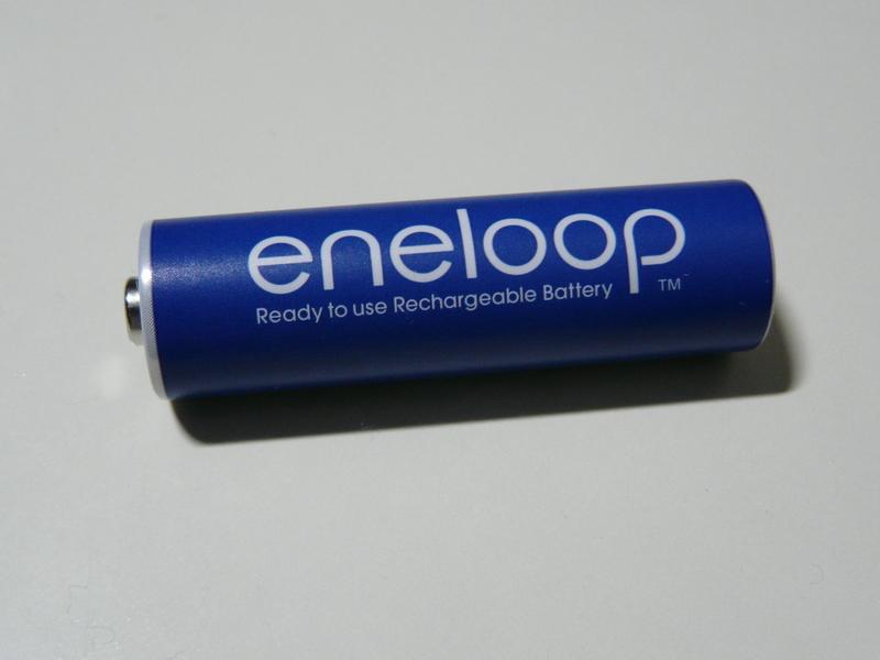 米国で販売されているeneloopロゴを大きく表示したeneloop