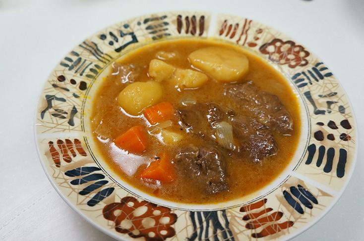 牛肉はトロトロ、ジャガイモはほっくりで、味付けも最高。家族のリクエストで短期間に2、3回は作った