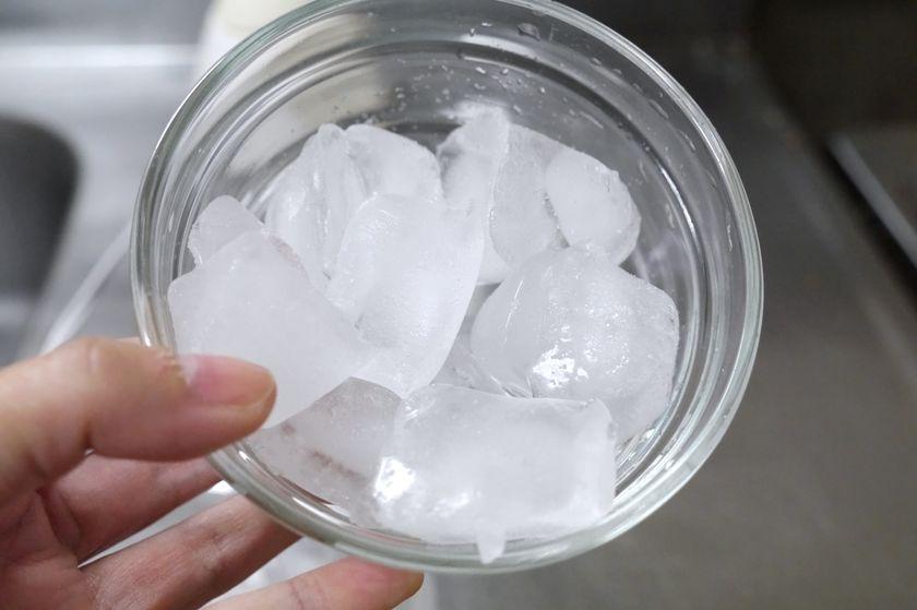 用意した氷