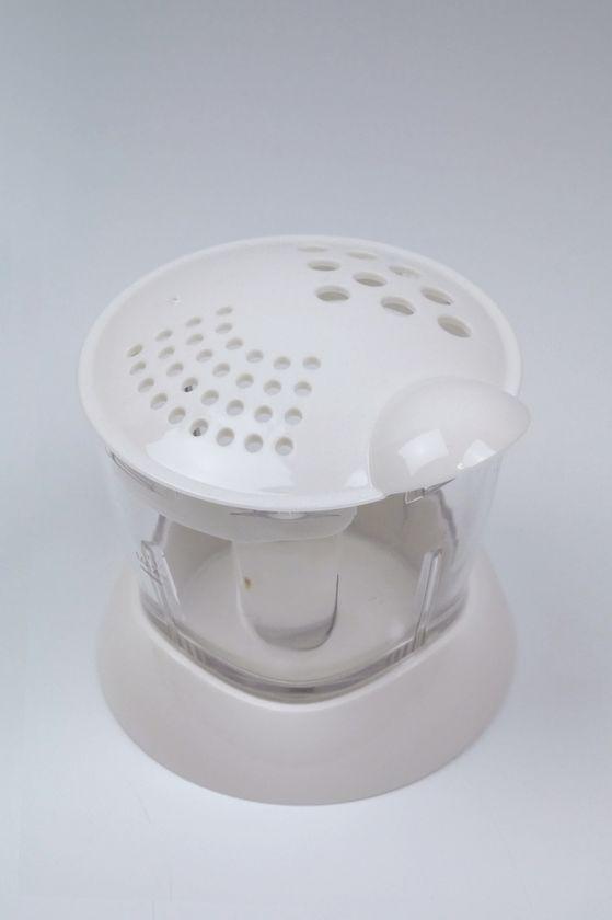 カップはふりかけキャップを取り付ければ、そのままふりかけ容器にもなる