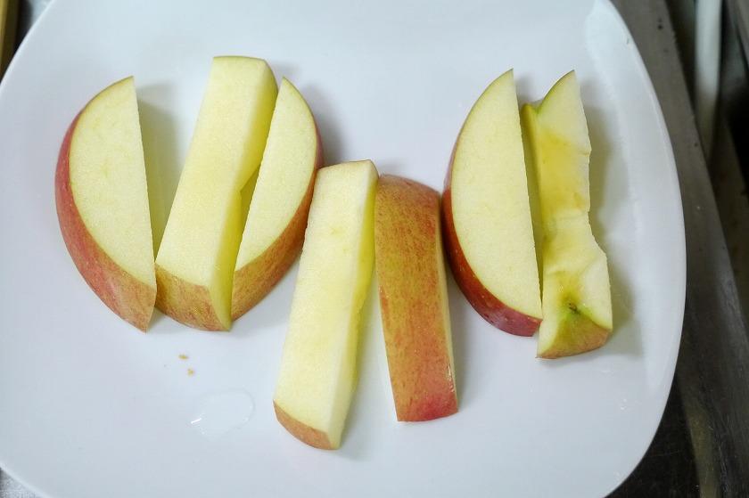 りんごなら、この程度にカットするといい