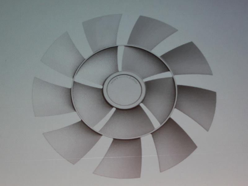 「心地良い風」を作るために、独自の二重構造羽根を開発
