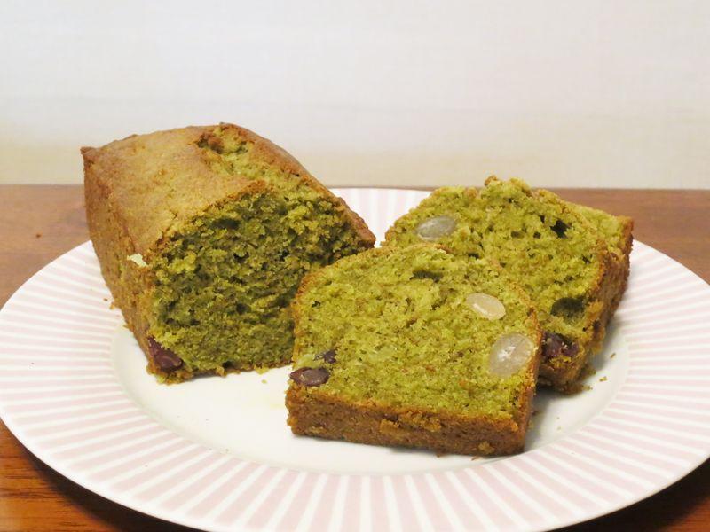 我が家で大好評だったのが、和風パウンドケーキ「甘納豆入りのお茶ケーキ」。これは甘すぎず、お茶の香りが豊かで甘納豆に馴染み、美味しい!!