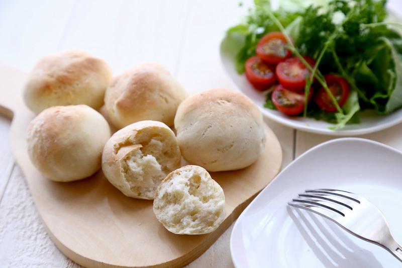 発酵時間は短くてもしっかりパンになっている。噛むともちもち