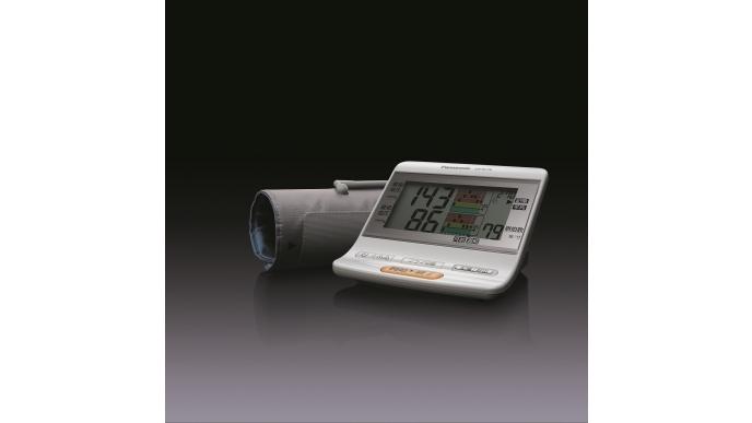 上腕血圧計 EW-BU76