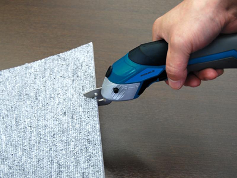 カーペットなどの厚手素材もカットできる