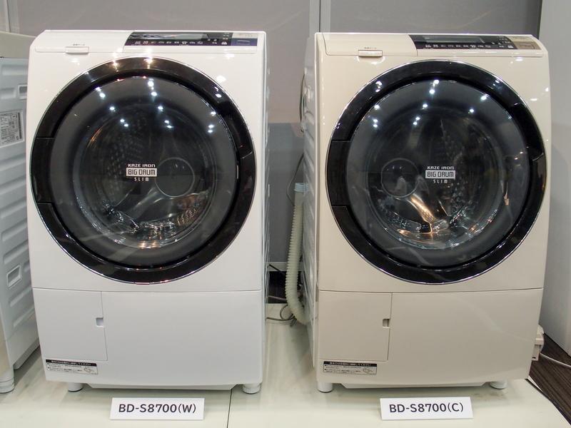 BD-S8700。カラーは左から順にピュアホワイト、ライトベージュ