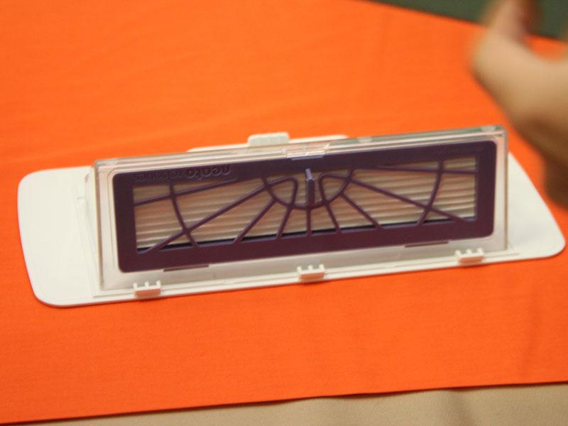 ダストボックスに付いているアレルゲンカット高性能フィルター