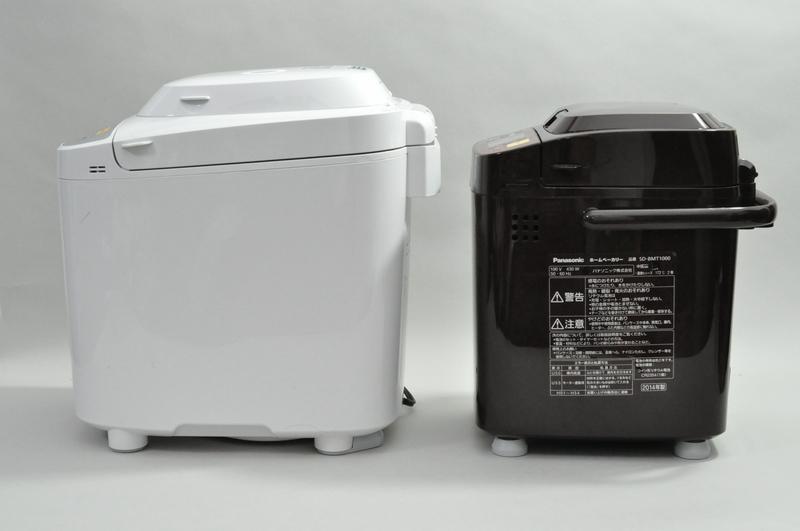 1斤タイプのSD-BMT1000とサイズを比較した。高さと幅はわずかな差だが、奥行きは大きく異なっていた