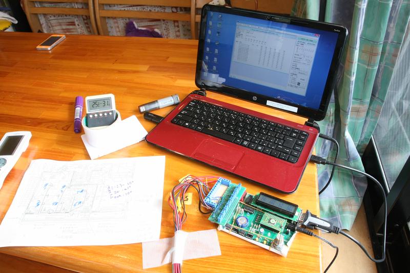 6個の温度センサーの情報を同時に集計しパソコンでデータ化した