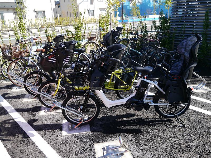 レンタサイクル用に用意された自転車