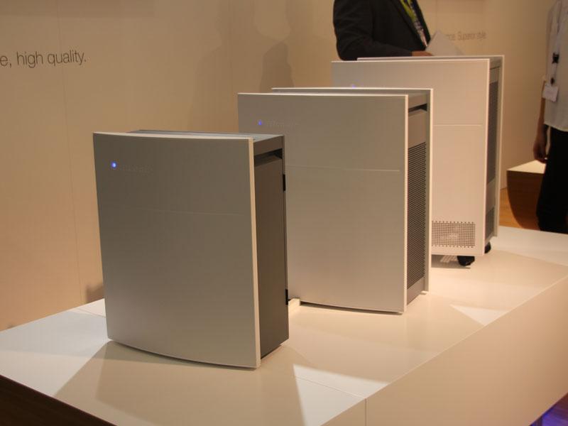 空気清浄に特化したブルーエアの空気清浄機。適用床面積に応じてラインナップ展開されている