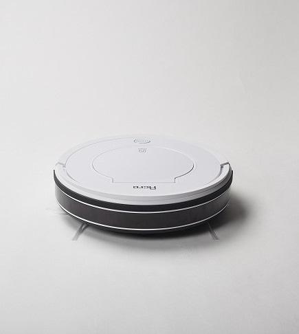 お掃除ロボットは、同社オリジナルの「アクロ」という製品