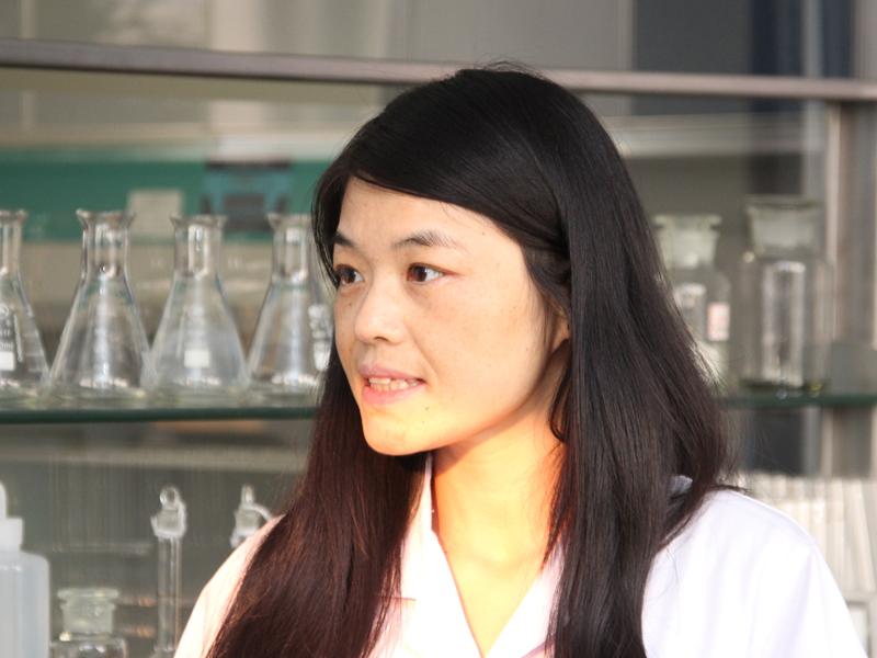 微生物学者のDr.Yuning Wang氏