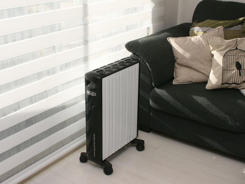 窓際に置くと暖房効果が高まるという