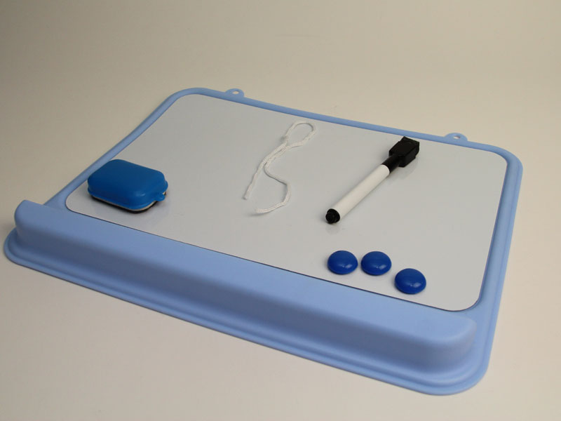 アイリスオーヤマ「ホワイトボードソフト ブルー NWS-201」