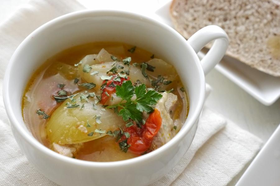こちらも30分でトマトの酸味が爽やかな具だくさんスープに