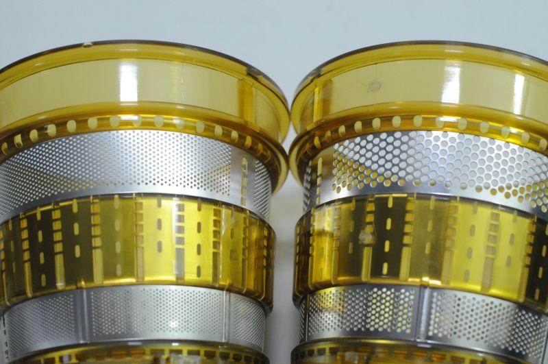 フィルターはメッシュ穴の大きさで2種類を用意