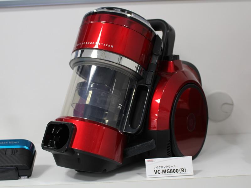 電動ふとんブラシが付属しない「VC-MG800」グランレッド