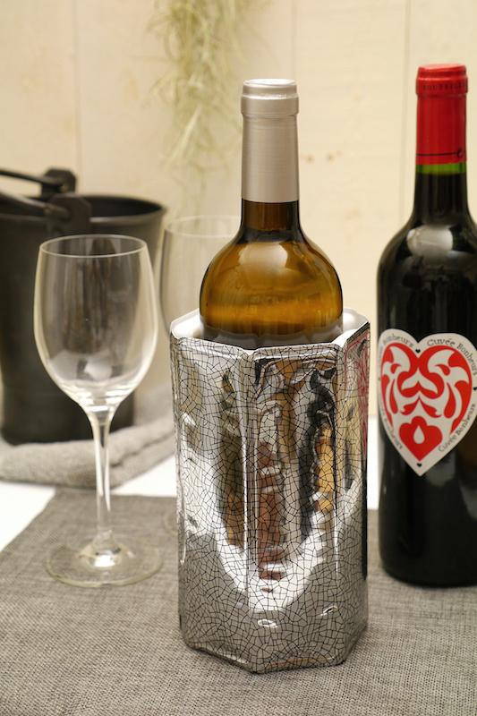 ちょっと冷やして飲みたいワインにもちょうどいい