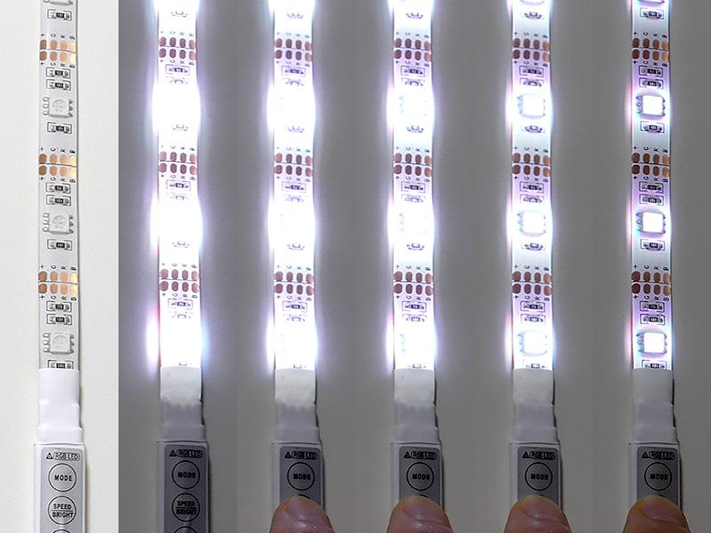 点灯時「SPEED/BRIGHT」ボタンを押すと明るさが5段階調節できる