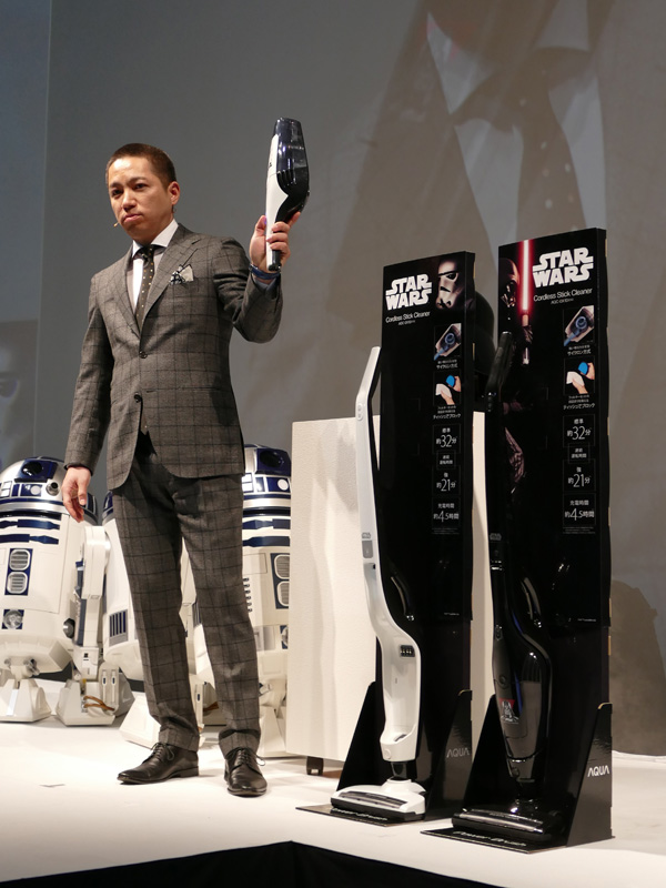 ダース・ベイダーとストームトルーパーデザインのスティッククリーナー「AQC-DX1D」