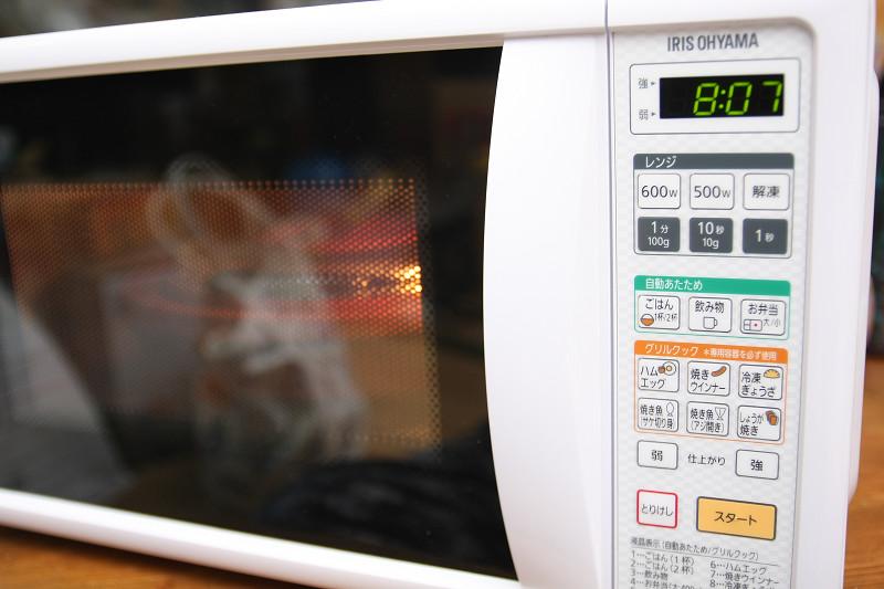 時間の設定は「分」「10秒」「秒」の3ボタン。1秒はまず使わないので事実上2ボタンだ