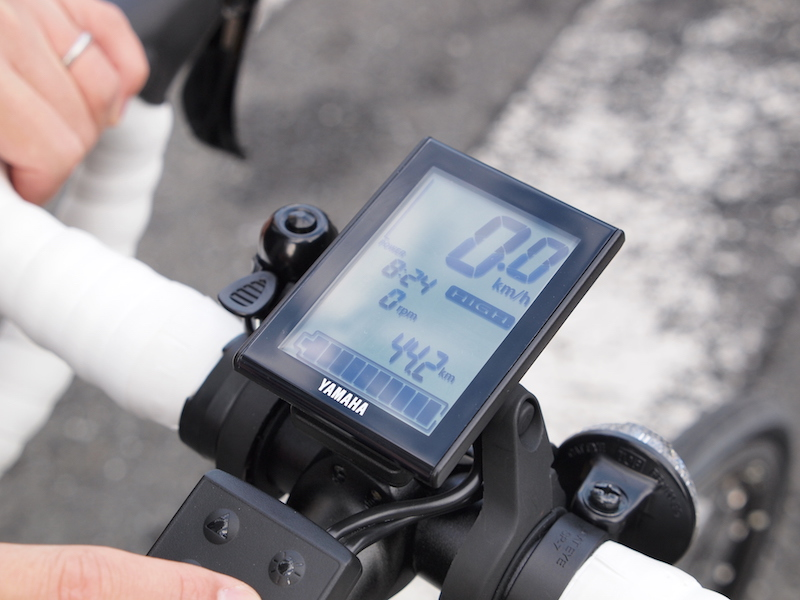 時間や走行距離をはじめ、多彩なデータを表示する