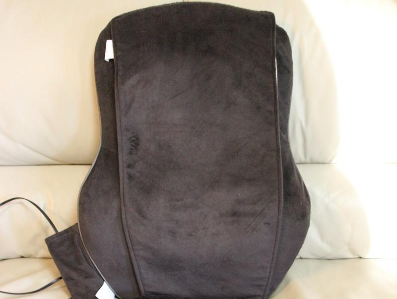 弱めのマッサージが好きな人は背カバーを付けたままの使用がオススメ